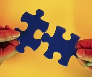connecting puzzlepieces